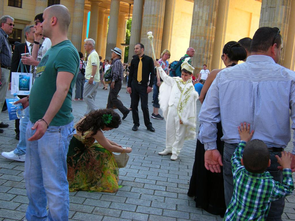 2011-7427 berlijn brandenburger tor petit prince PHOTO GUSTAVE PETIT