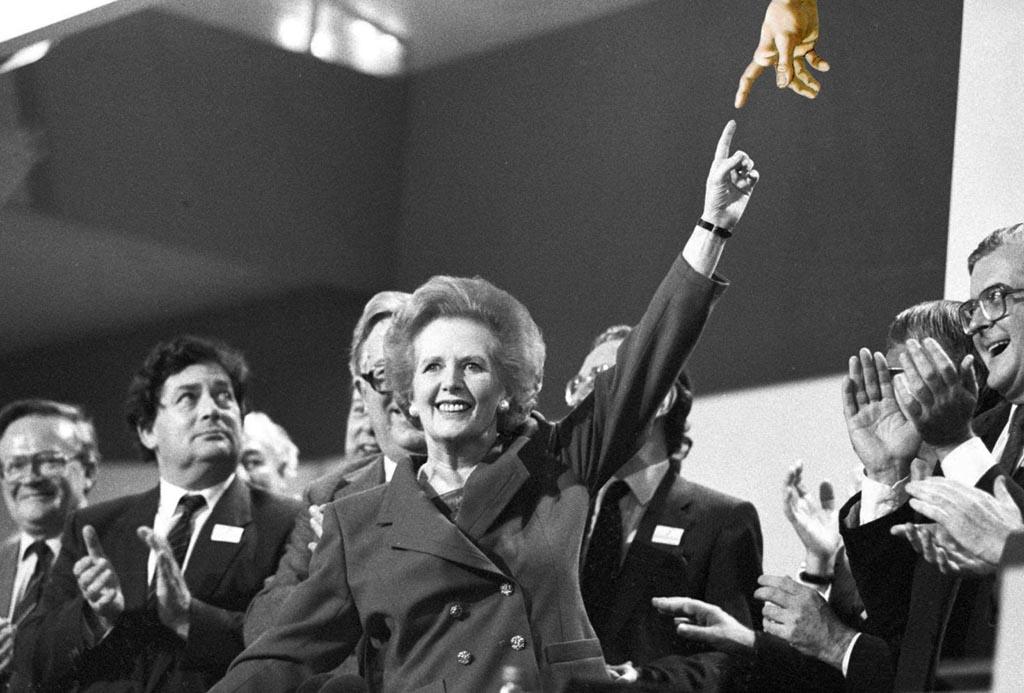 2013 - Thatcher vinger da vinci beeld Gustave Petit