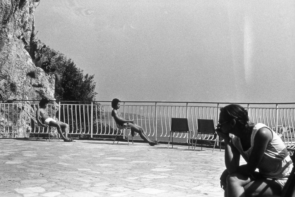 1982 Q-002 PHOTO GUSTAVE PETIT