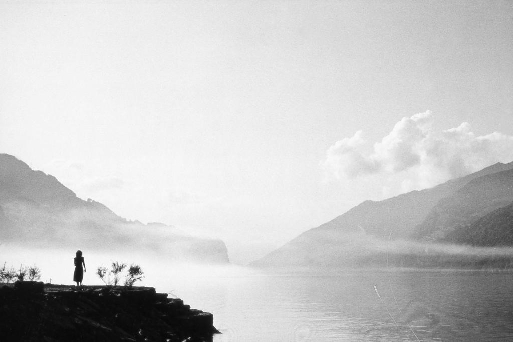 1982 Q-004 PHOTO GUSTAVE PETIT