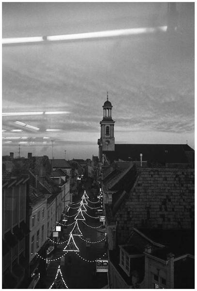 1981-19-10 antoniuskerk ridderstraat FOTO GUSTAVE PETIT