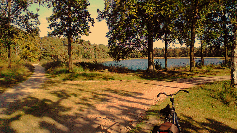 2015 slimfoon fiets water mastbos FOTO GUSTAVE PETIT