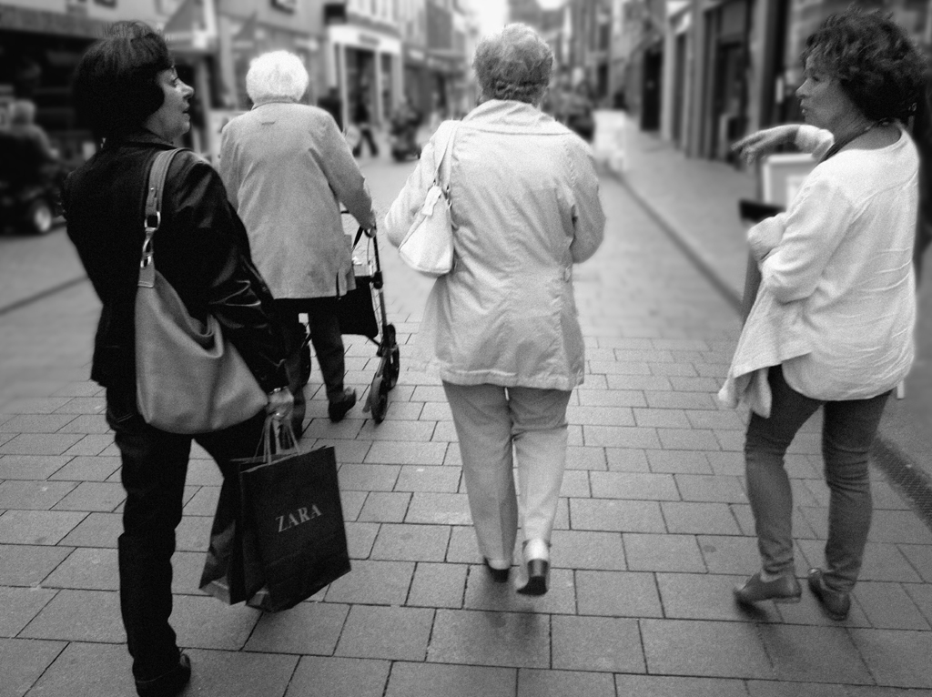 2013-1343 4 dames winkelstr breda FOTO GUSTAVE PETIT